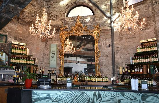 bar-inside-the-distillery