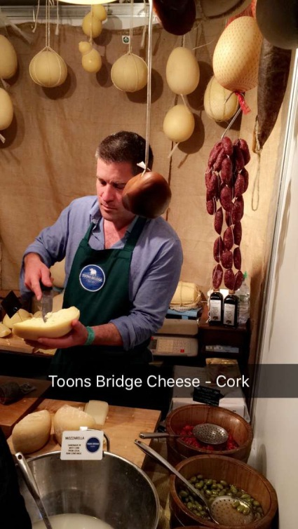 Toons Bridge Cheese